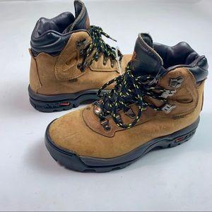 VTG 1995 Nike Womens ACG Athletic Hiking Boots 7.5